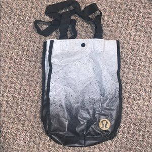 RARE Lululemon tote reusable size small